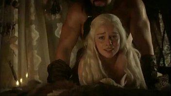 Game of Thrones xxx cenas de sexo com personagem nua