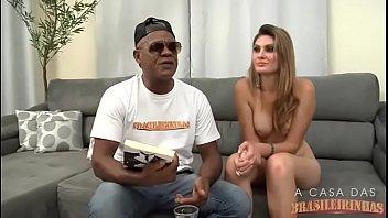 Nayra Mendes Com Kid Bengala Na Casa Das Brasileirinhas