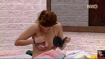 BBB18 Ana Clara novinha pagando peitinho caiu na net