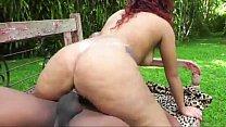 Alessandra Fadyla fudendo gostoso em uma fazenda da sua cidade