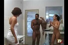 Video porno xvidoes comendo empregada gostosa
