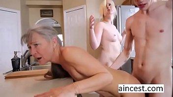As putas velhas [PUNIQRANDLINE-(au-dating-names.txt) 23