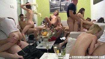 Video de Sexo Grupal Amador